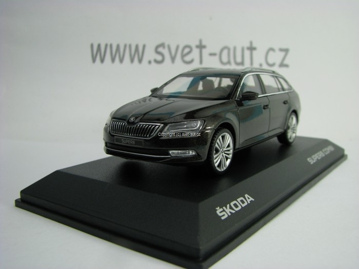 Škoda Superb Combi III Magnetic Brown 1:43 i Scale